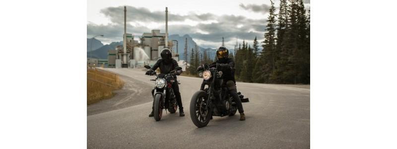 Историята на кожените якета за мотористи