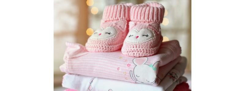 Бебчо е дошъл – как да му закупим бебешки дрехи?